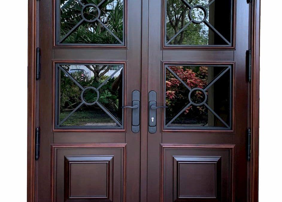 Custom Front Mahogany Wood door | www.bellinimastercraft.com
