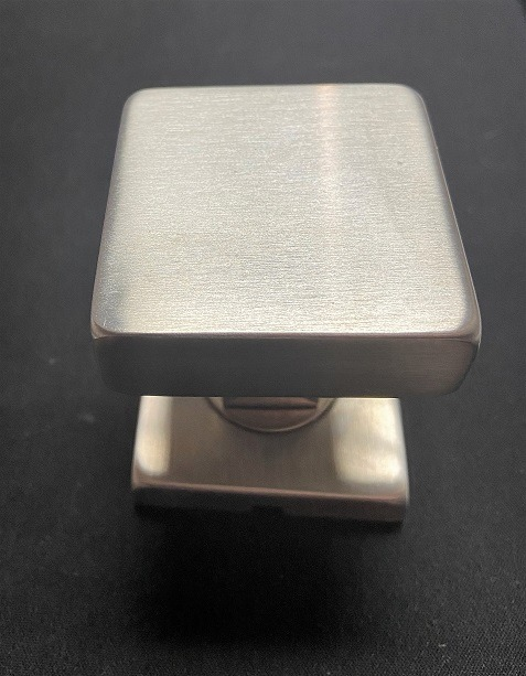 OPERABLE SQUARE HANDLE