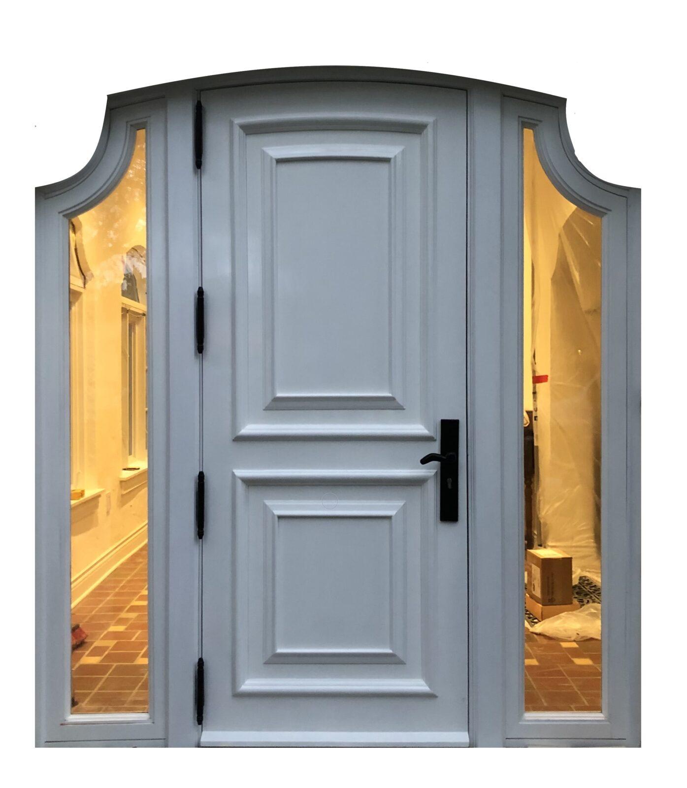 BELLA DOOR