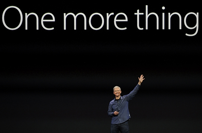 tim-cook-one-more-thing-apple-2014-billboard-650