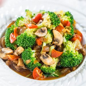 Mixed Vegetable Thai Stir-Fried With meat or Tofu