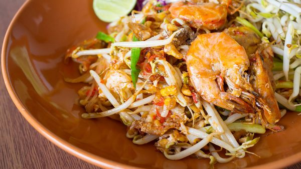 Pad ThaiNoodles With Shrimp And Vegetables