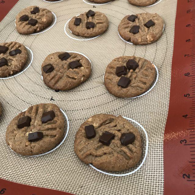5 ingredient Almond Butter Cookies