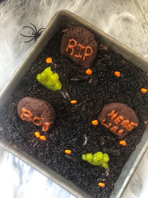Gluten-Free Graveyard Dirt Cake