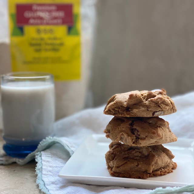 Gluten Free (and vegan!) Chocolate Chip Cookies