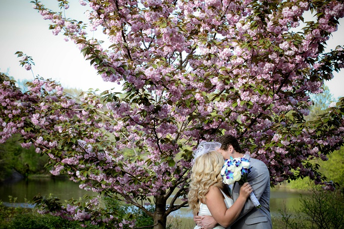 central-park-cherry-blossom-wedding