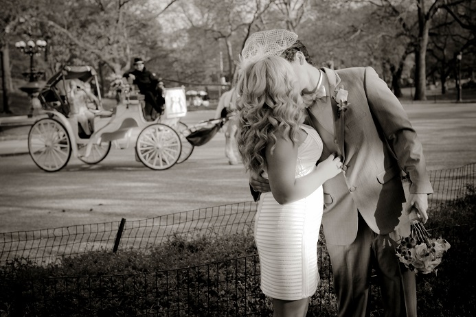 central-park-wedding-horse-carriage