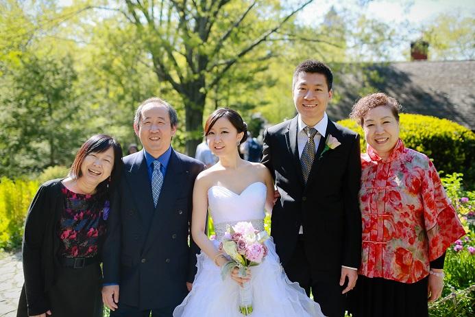 wedding-family-portrait-shakespeare-garden