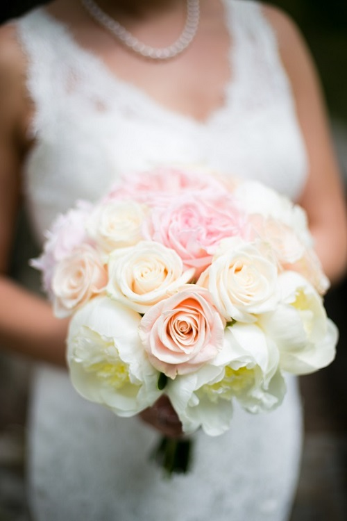blush-wedding-bouquet-white-peonies