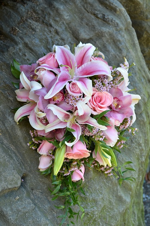 cascading-wedding-bouquet-pink