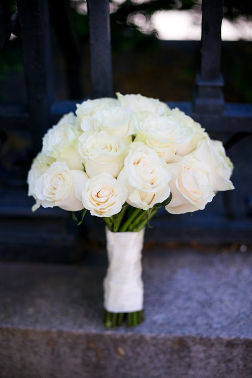 cream-rose-bridal-bouquet