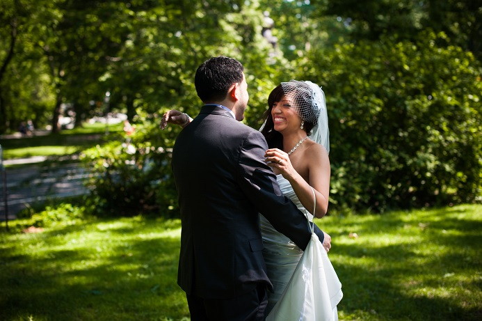 first-look-central-park-wedding