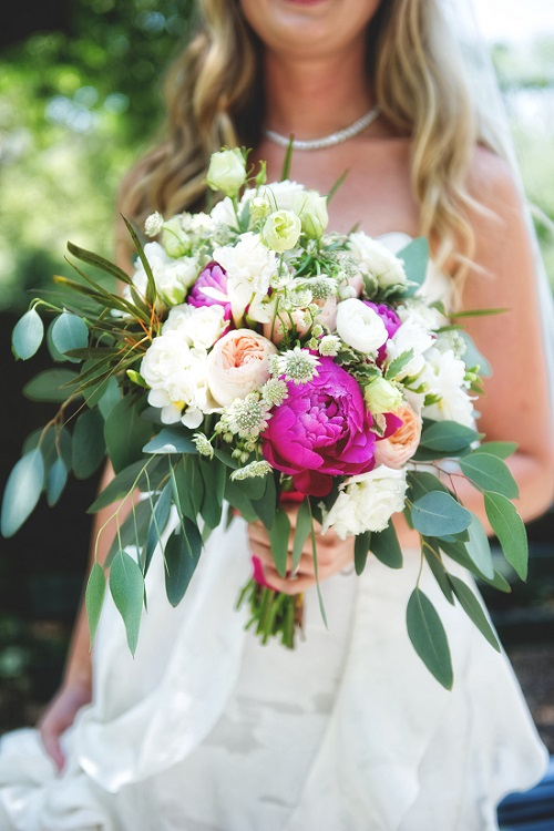 loose-spring-bridal-bouquet