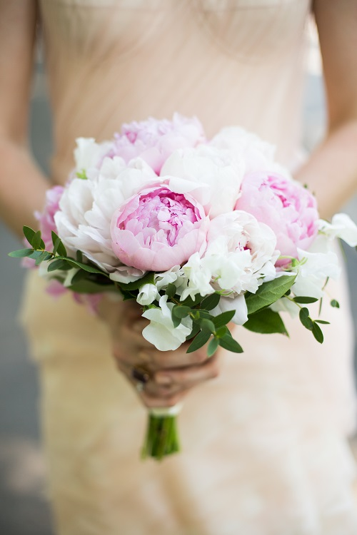 peony-and-sweet-pea-bridal-bouquet