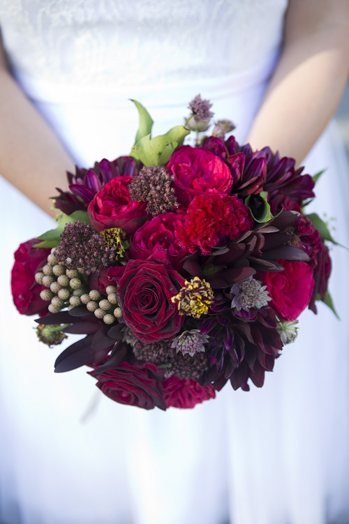 red-burgundy-bridal-bouquet