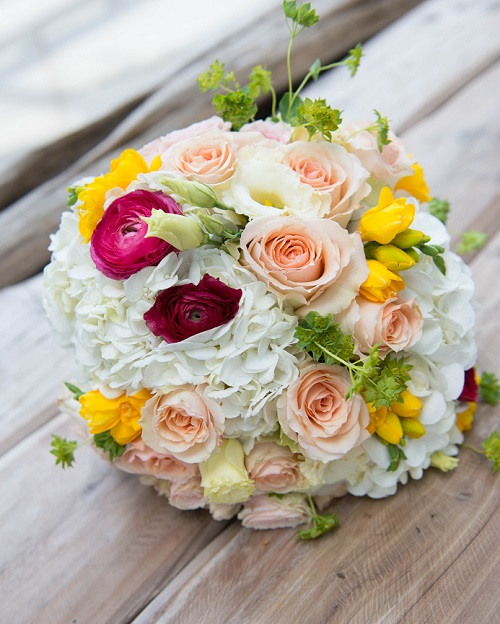 summertime-bridal-bouquet-yellow