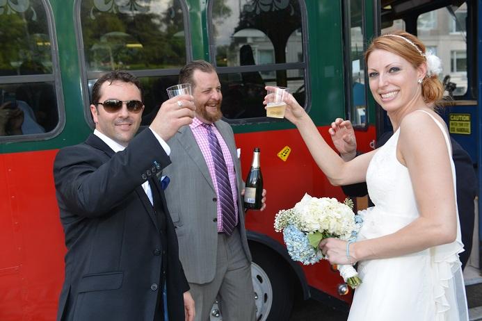 nyc-trolley-wedding-central-park