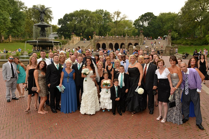 group-wedding-photo-central-park