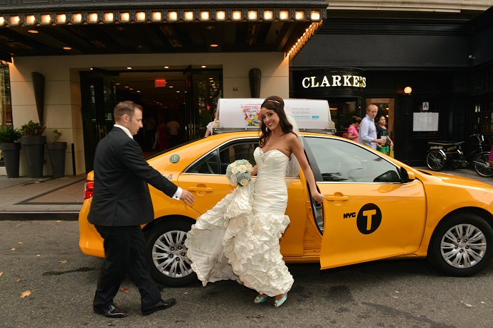 nyc-wedding-taxi