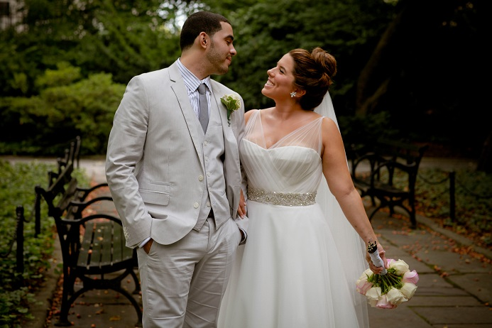 first-look-wedding-portraits