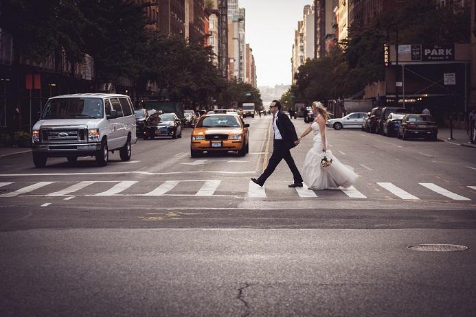nyc-street-wedding-photo
