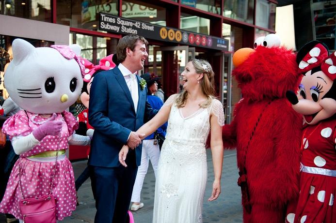 times-square-wedding-photo