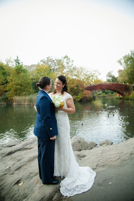 wedding-portrait-gapstow-bridge-central-park