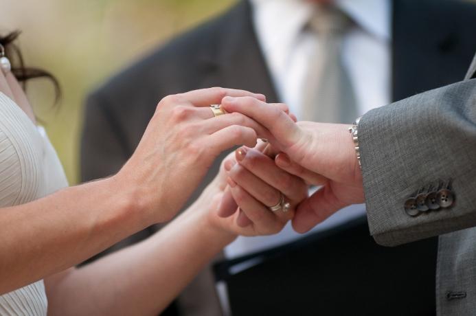 wedding-ceremony-at-summit-rock