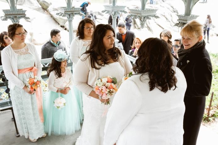 april-wedding-at-ladies-pavilion