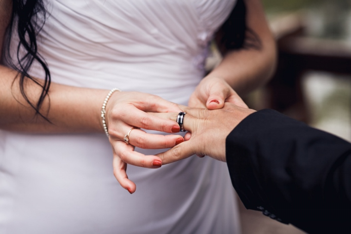 exchange-of-rings-central-park-wedding