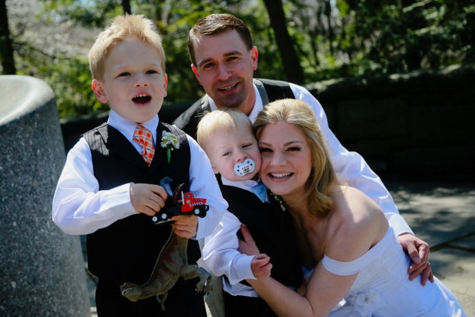 family-portrait-nyc-wedding-central-park