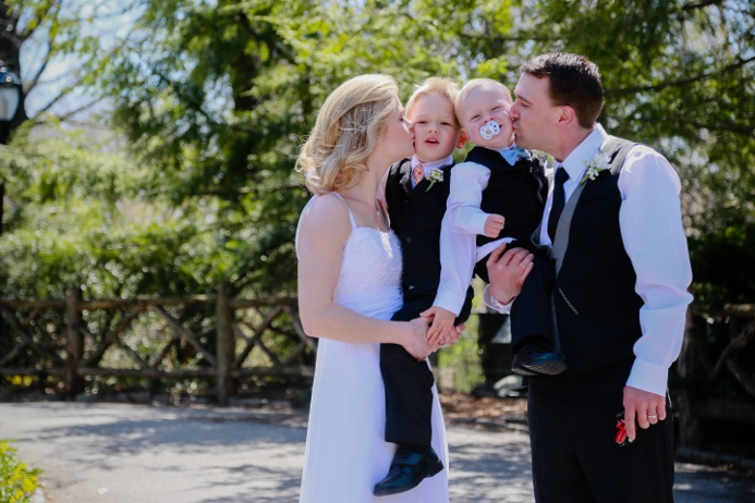 family-wedding-photo-central-park-nyc