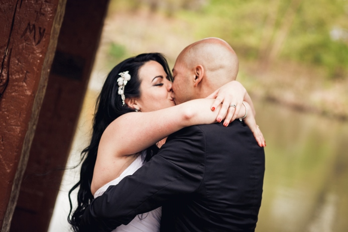 first-kiss-central-park-wedding-wagner-cove