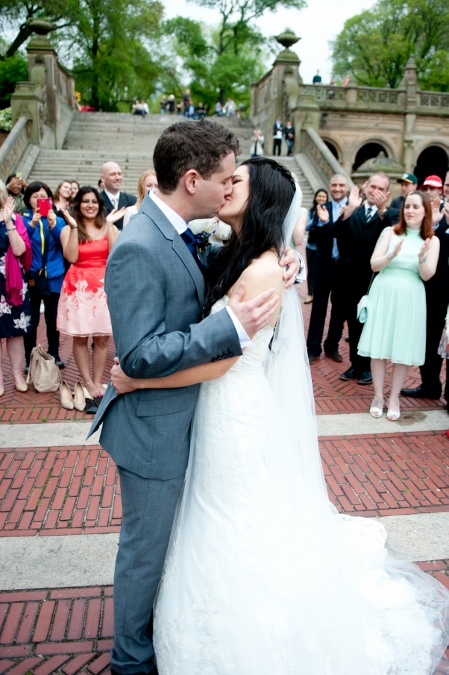 spring-wedding-at-bethesda-fountain (17)