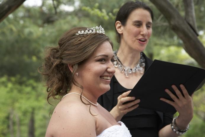 spring-wedding-at-cop-cot (10)
