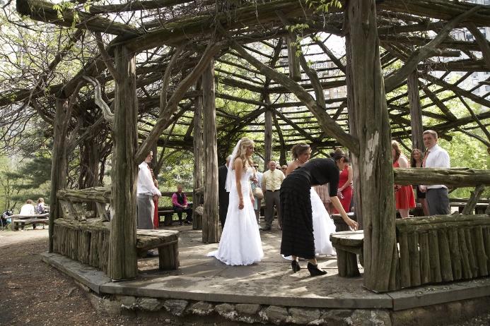 spring-wedding-at-cop-cot (11)