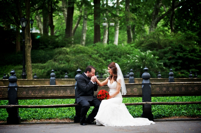 spring-wedding-at-wagner-cove-central-park-10