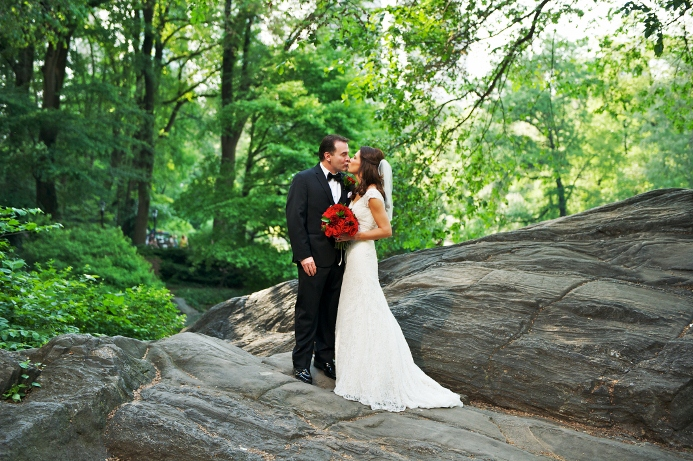 spring-wedding-at-wagner-cove-central-park-2