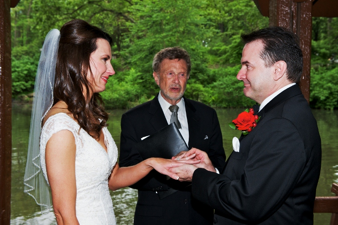 spring-wedding-at-wagner-cove-central-park-24