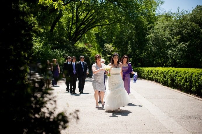 spring-wedding-at-wisteria-pergola (1)