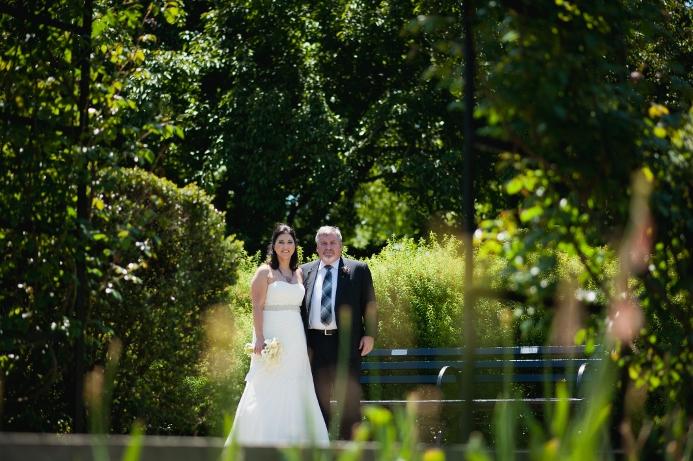 spring-wedding-at-wisteria-pergola (10)