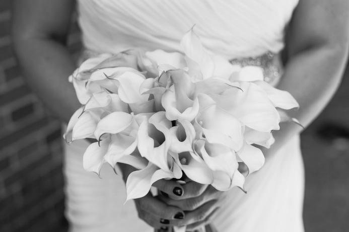 spring-wedding-at-wisteria-pergola (14)