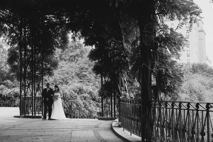 spring-wedding-at-wisteria-pergola (16)