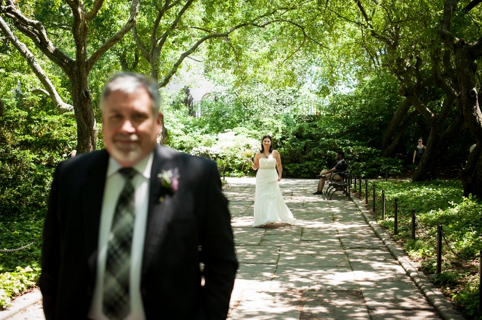 spring-wedding-at-wisteria-pergola (2)