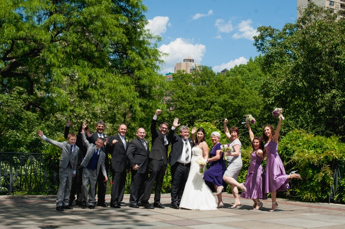 spring-wedding-at-wisteria-pergola (24)