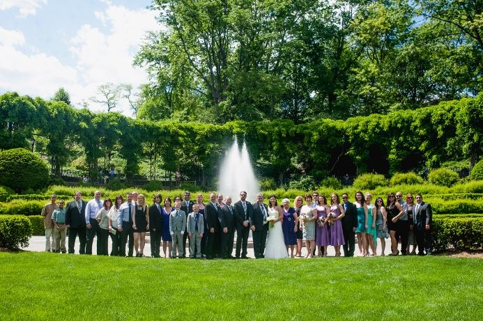 spring-wedding-at-wisteria-pergola (25)