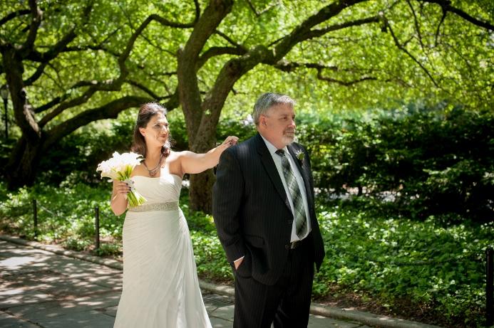 spring-wedding-at-wisteria-pergola (3)