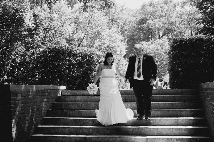 spring-wedding-at-wisteria-pergola (31)