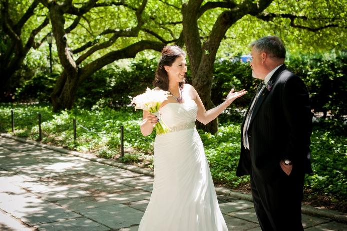 spring-wedding-at-wisteria-pergola (4)