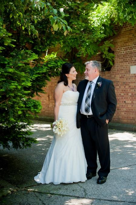 spring-wedding-at-wisteria-pergola (7)